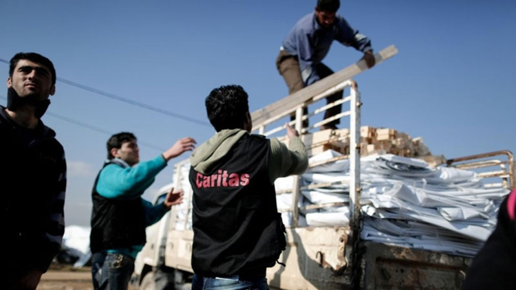 Our partners are distributing shelter kits, and helping Syrian refugees find safe places to stay.