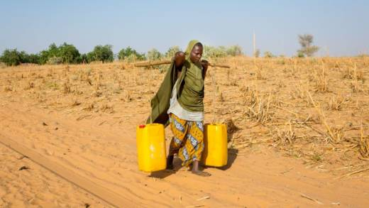 In Niger, Zalia walks a kilometre and a half to collect water, as the well in her village broke long ago.