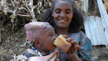Africa, Ethiopia, Afera and baby