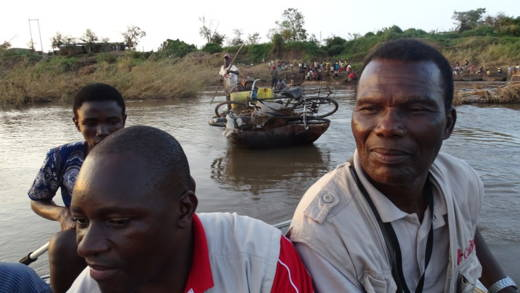 Caritas emergency teams reach rural areas by boat