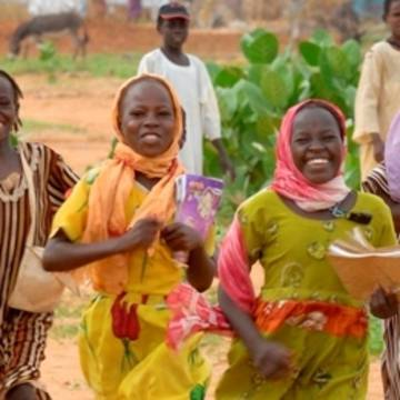 Girls in the Dereig camp in Darfur