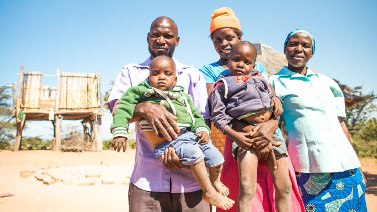 CAFOD wants to support the Mudzemeti family from Zimbabwe