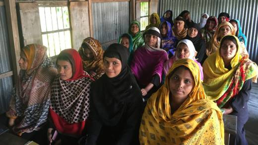 Young women from Bangladesh considering migrating to the Middle East get information from a CAFOD partner