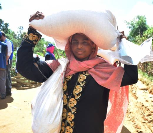 """Now I can cook for myself and feed my children enough food"" said Hasmat Ara, a Rohingya refugee who has received food aid from Caritas Bangladesh."