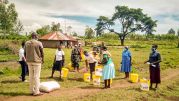 Food and hand-washing supplies distribution in Kenya