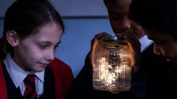 Children reflect on light during liturgy