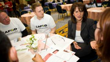 Supporters lobby Lynne Featherstone, MP at tea time for change event