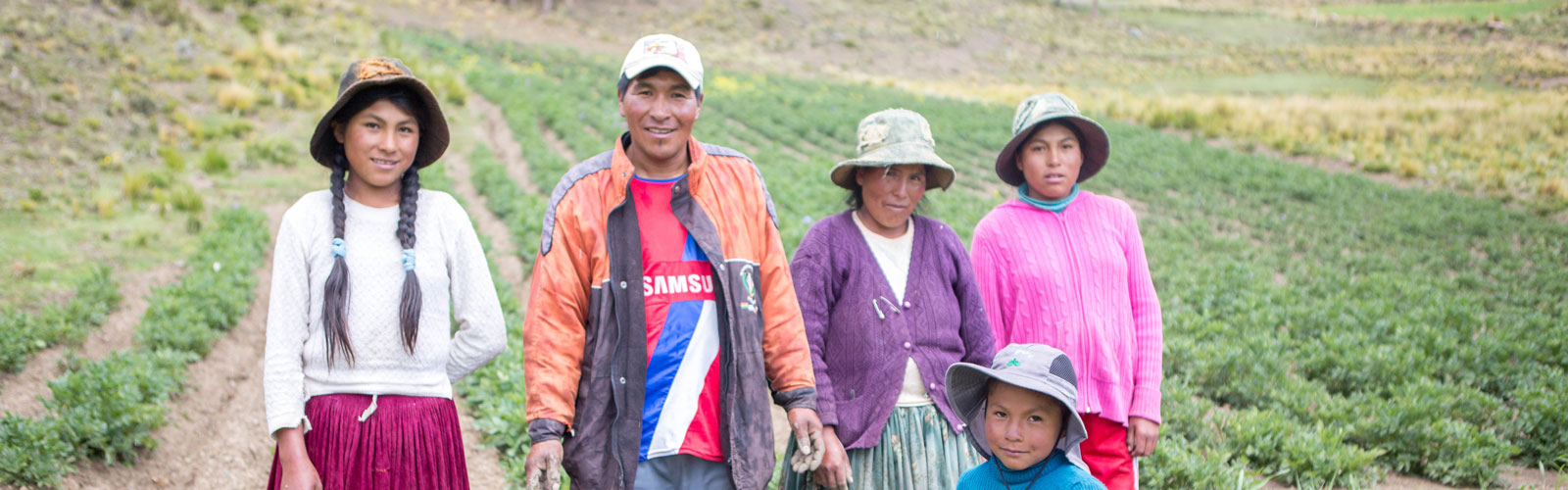 The families of the Altiplano face many problems. You can give them a helping hand.